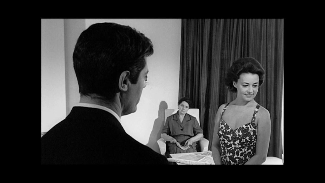 """Gece"" filminden | From ""La Notte"" movie Yönetmen (Director): Michelangelo Antonioni"