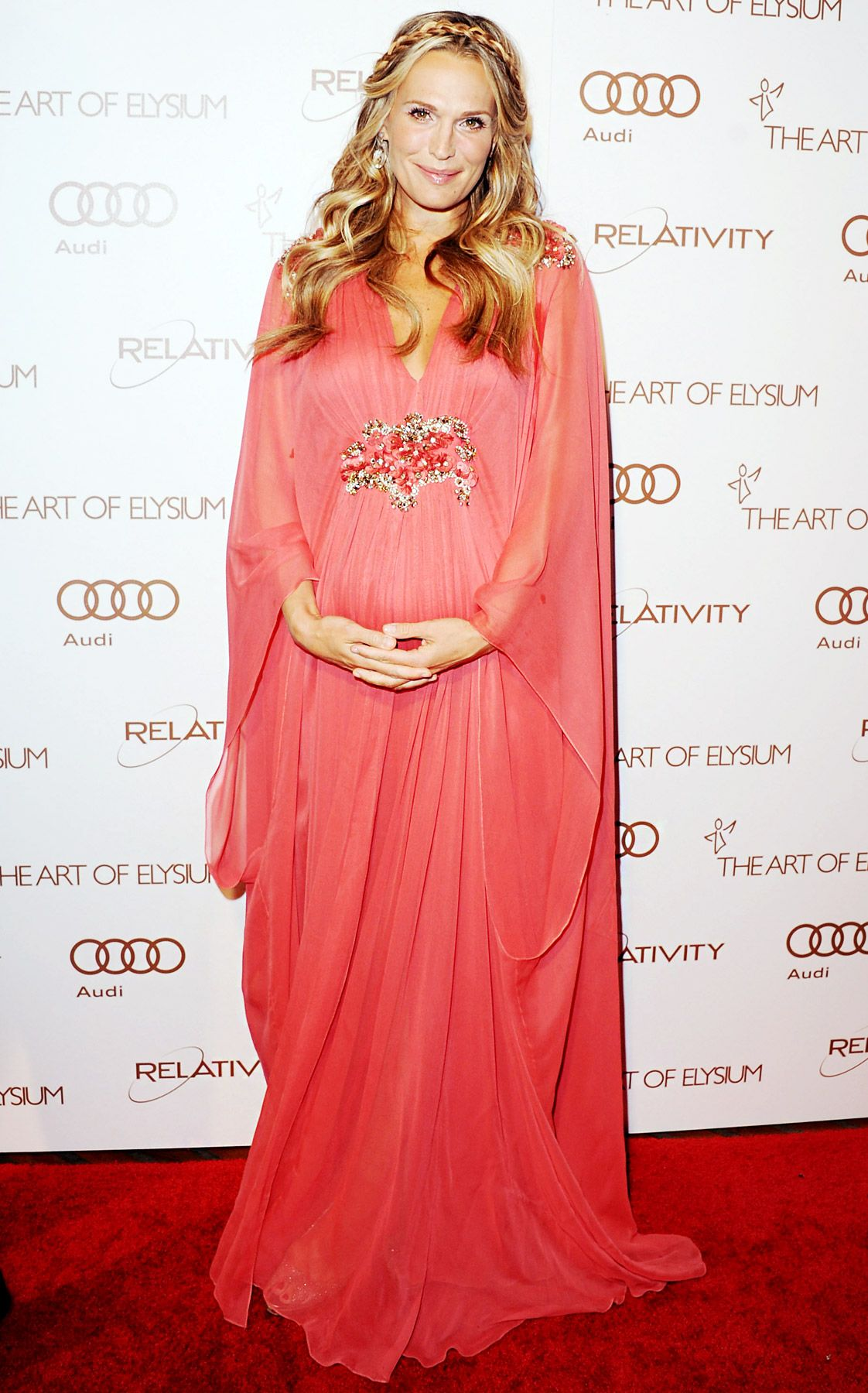 Molly sims glamorous maternity style molly sims maternity molly sims glamorous maternity style ombrellifo Choice Image