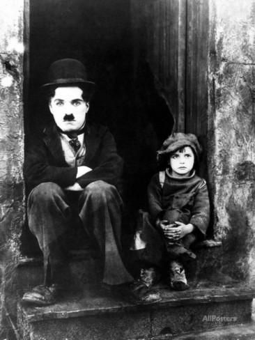 'The Kid, Charlie Chaplin, Jackie Coogan, 1921' Photographic Print - | AllPosters.com