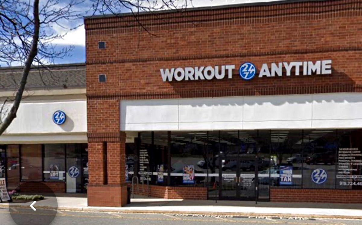 Cary North Carolina Anytime Fitness Gym Franchise Workout