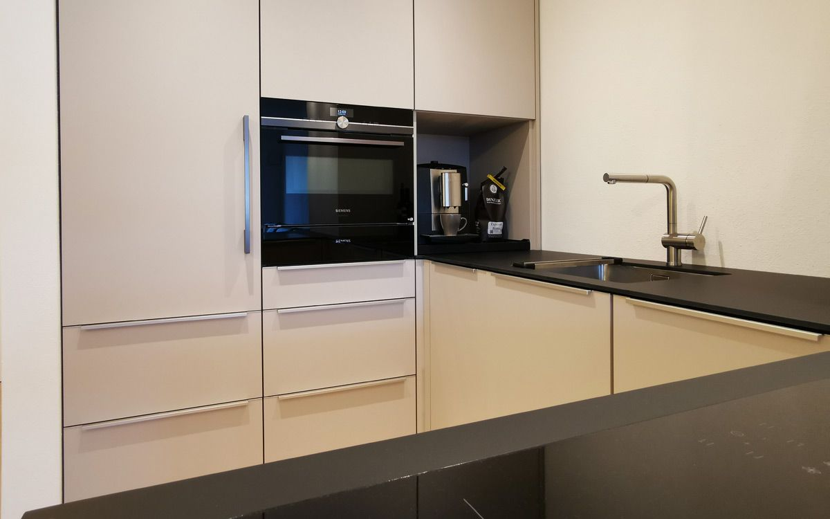 Kleine Küche Kleine küche, Wohnküche und Einbauküche