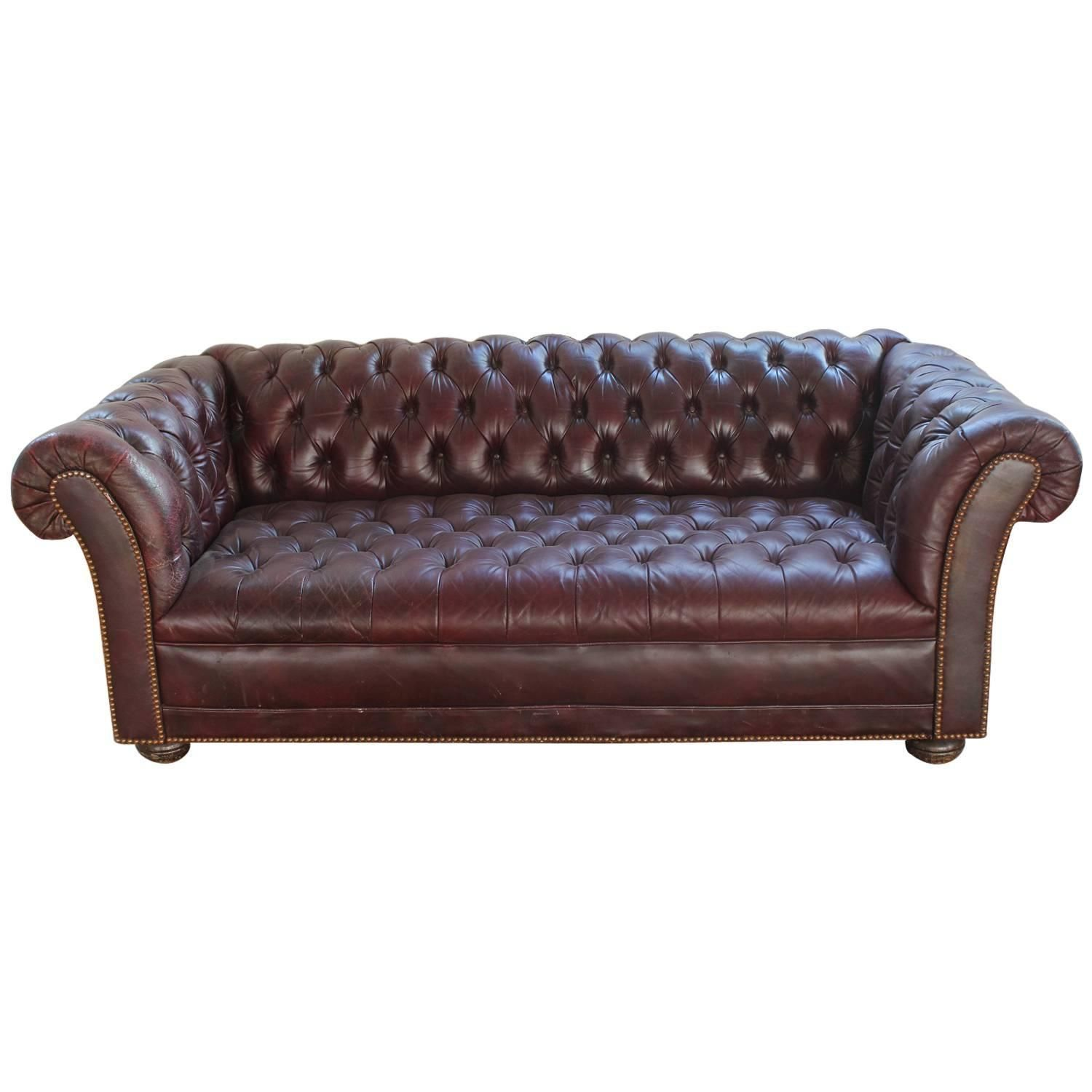 Chesterfield Sofa Texture Vintage Distressed Burgundy Leather Chesterfield Sofa