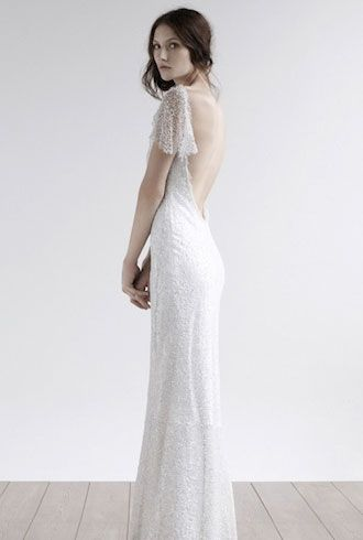 Back-less wedding dress <3