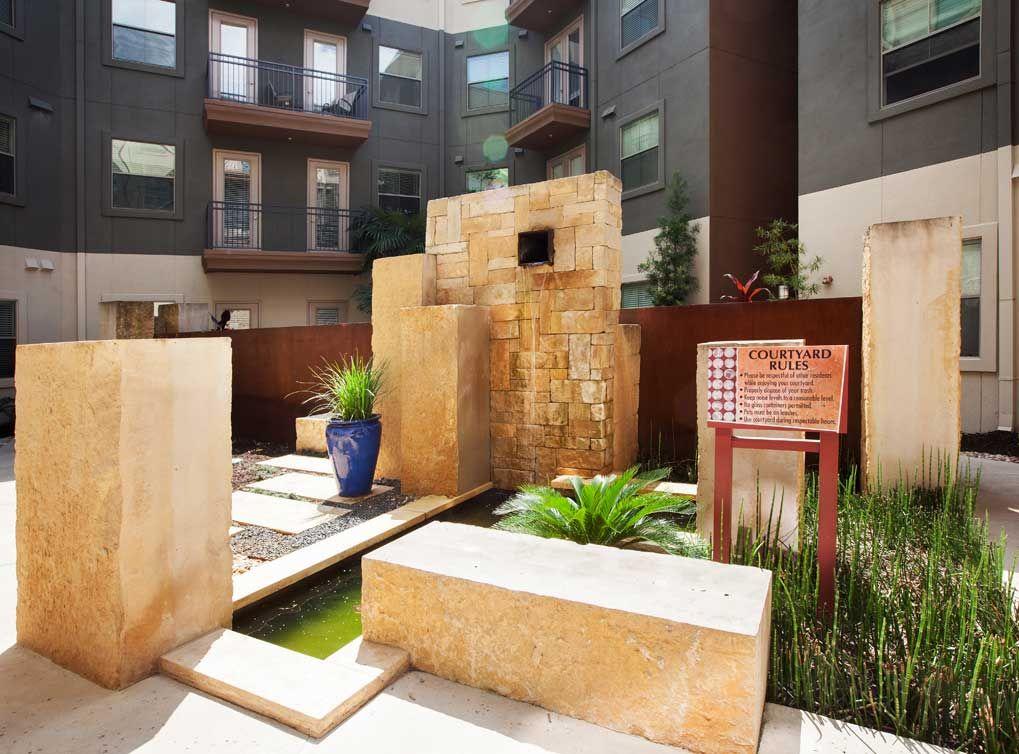 Luxury Apartments In Austin Tx At Amli 300 Austin Apartment Luxury Apartments Apartment Communities