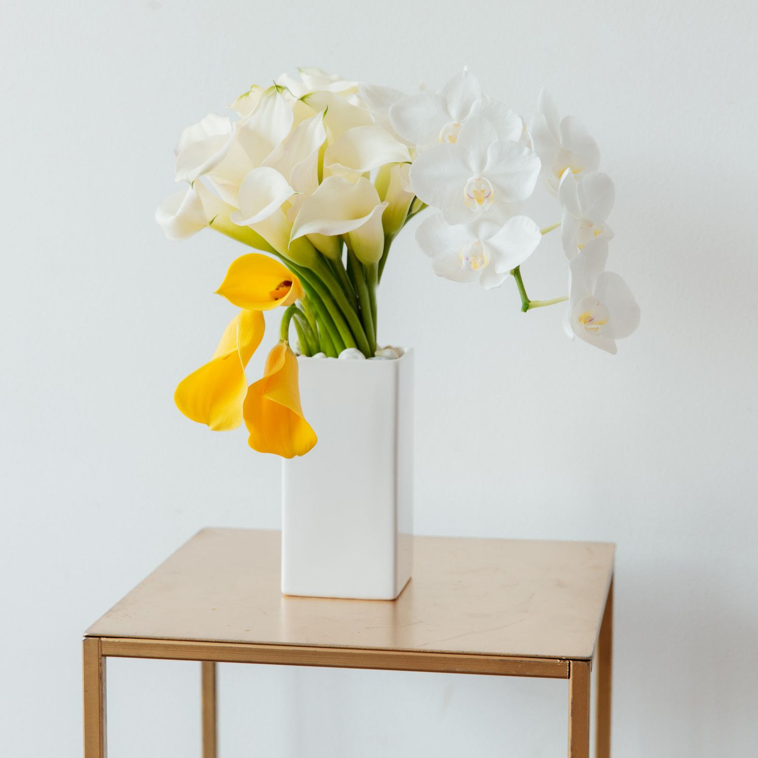 PueSearching for wedding flower inspiration Take a cue from this