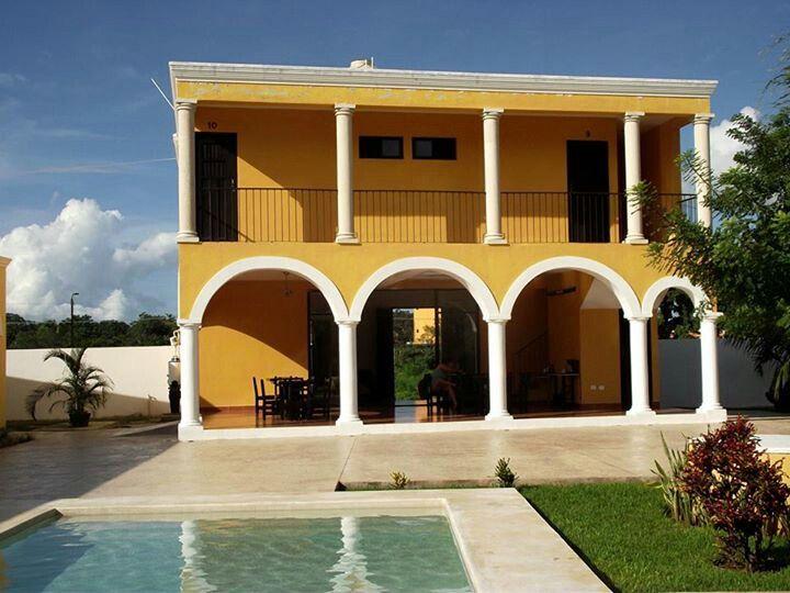 Ciudad de Izamal, pueblo mágico de America en Yucatán, alojate y disfruta con aldeamaya@hotmail.com