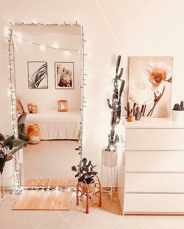 "Нš™ðš'𝚗𝚝𝚎𝚛𝚎𝚜𝚝 Нš""𝚎𝚗𝚗𝚗𝚗𝚊𝚊𝚊𝚊 In 2020 Redecorate Bedroom Cozy Room Decor Girl Bedroom Decor"