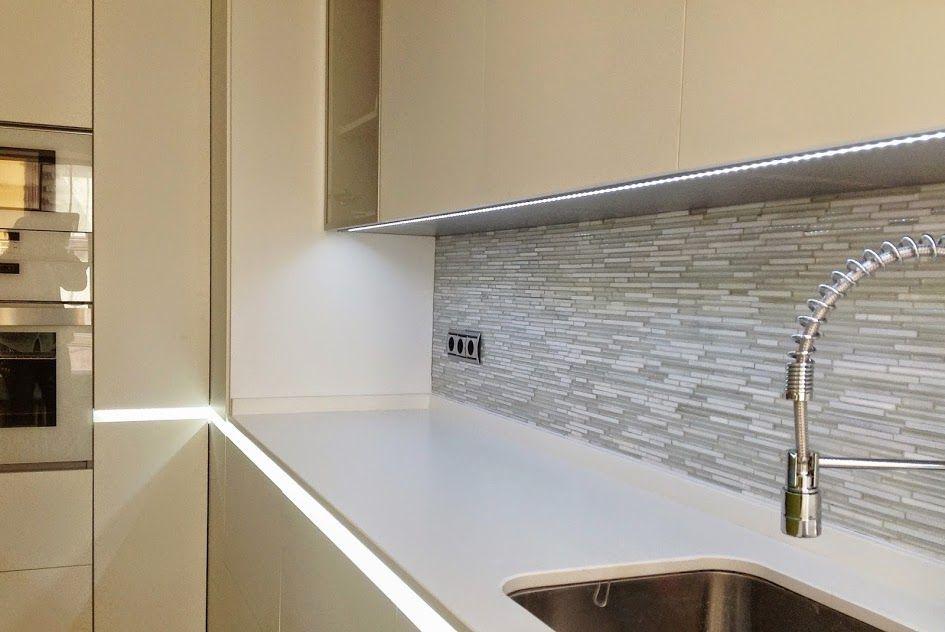 Resultado de imagen de azulejos efecto cristal cocina - Frente cocina cristal ...