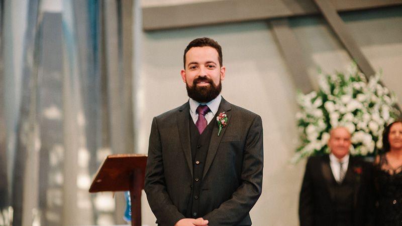 noivo na igreja