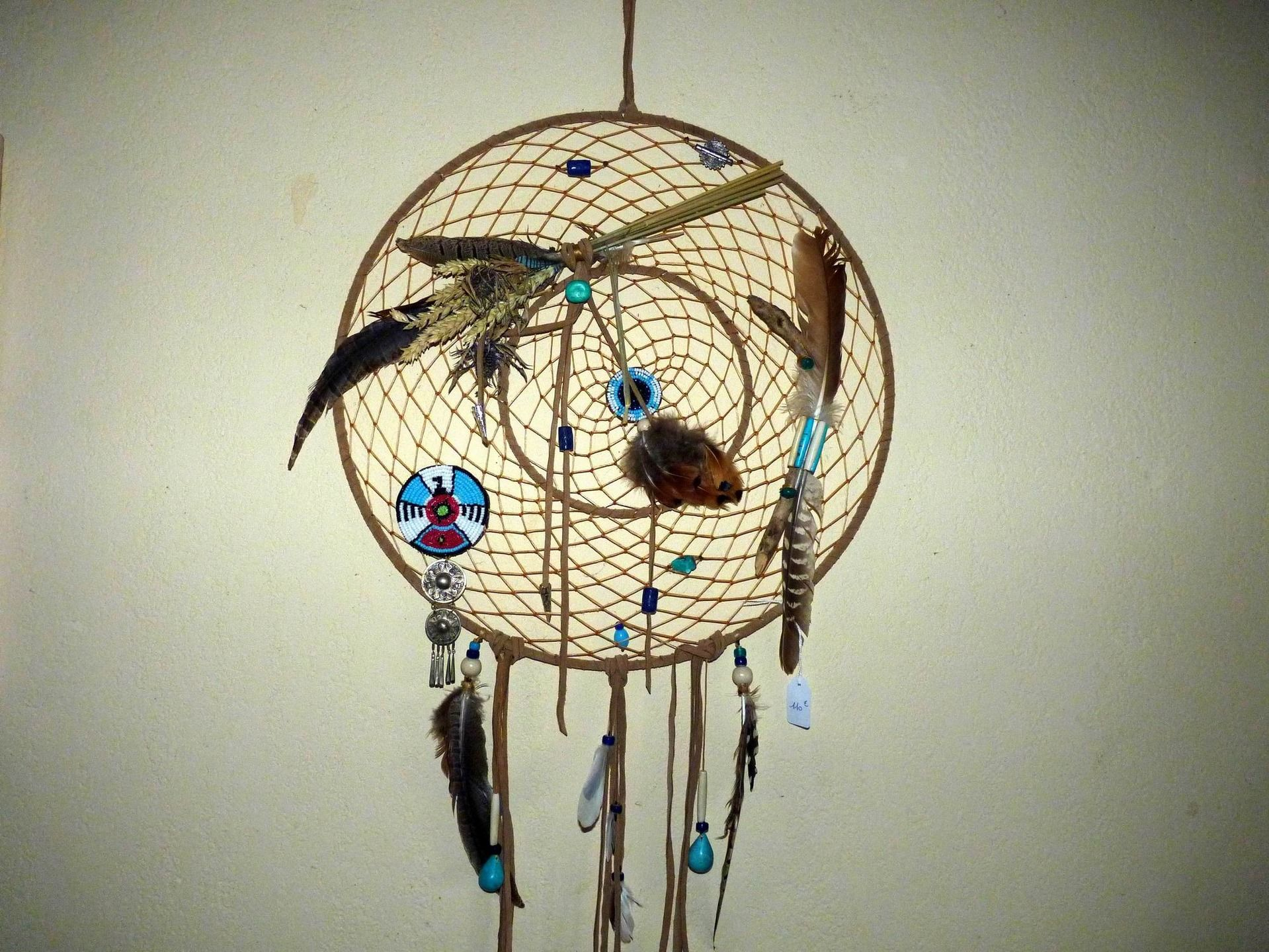 dreamcatcher ou attrape r ves am rindien sioux apache navajo hopi cheyenne dreamcatchers. Black Bedroom Furniture Sets. Home Design Ideas