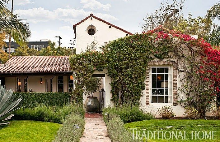 Home Tour A Designer S Relaxed And Timeless Los Angeles
