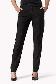 My Tommy Hilfiger NYE Ce pantalon chic est idéal pour parfaire vos tenues de fête. Confectionné dans un mélange de laine suffisamment extensible pour assurer un confort supérieur. Fermeture agrafe invisible, devant plissé, coupe et taille regular. <br/><br/>Le mannequin mesure 1,76m et porte un pantalon taille S.