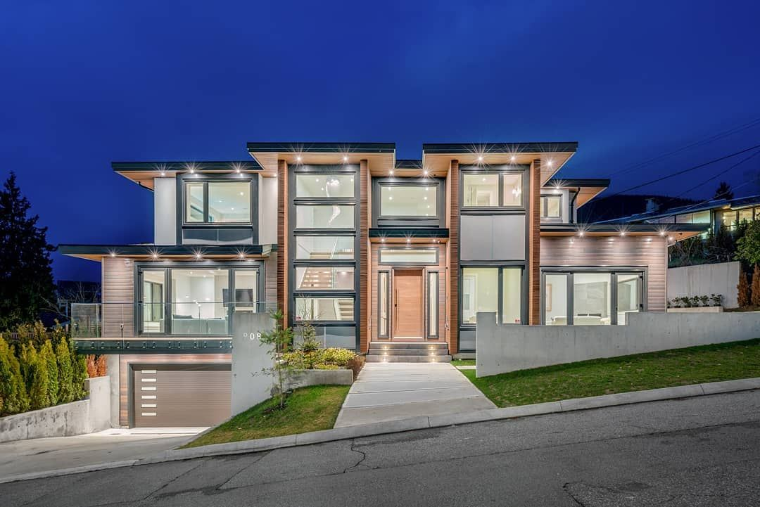 360hometours Ca On Instagram Stunning Dream Home Situated In Serene Forest Hills Exuding Quality Style This Exc Architecture North Vancouver Dream House
