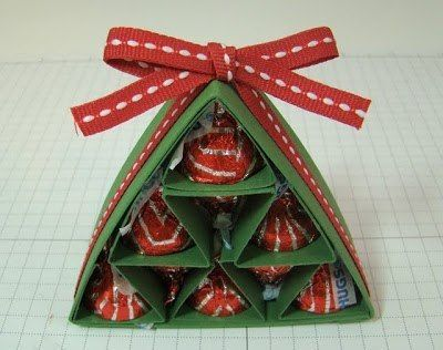 Homemade christmas gift ideas diy candy pyramid paper christmas tree homemade christmas gift ideas diy candy pyramid paper christmas tree solutioingenieria Images