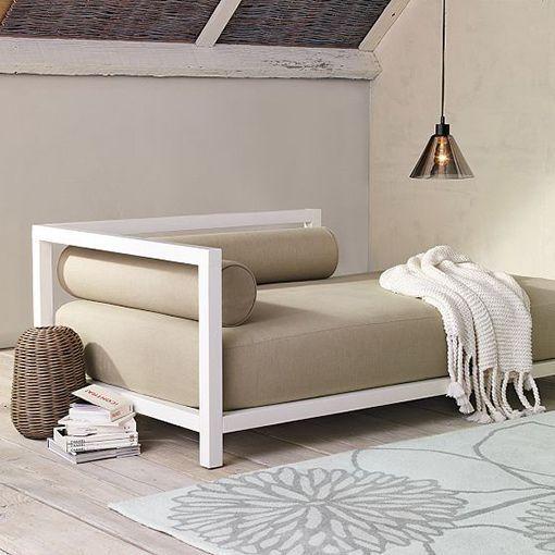 Sofás cama en el salón, muebles prácticos y versátiles   Futon ...