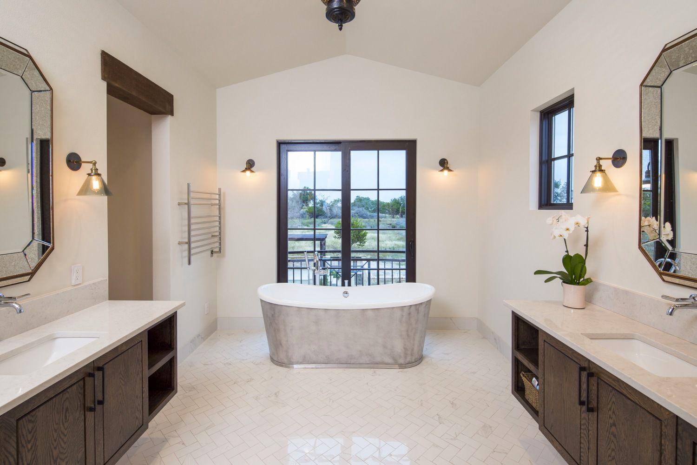 Architecture Home Contemporary Italian Farmhouse Bathroom