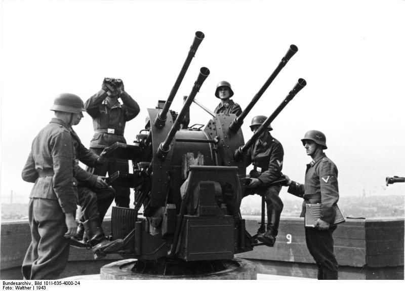 Photo] German Flakvierling 38 anti-aircraft gun mounted on top of ...