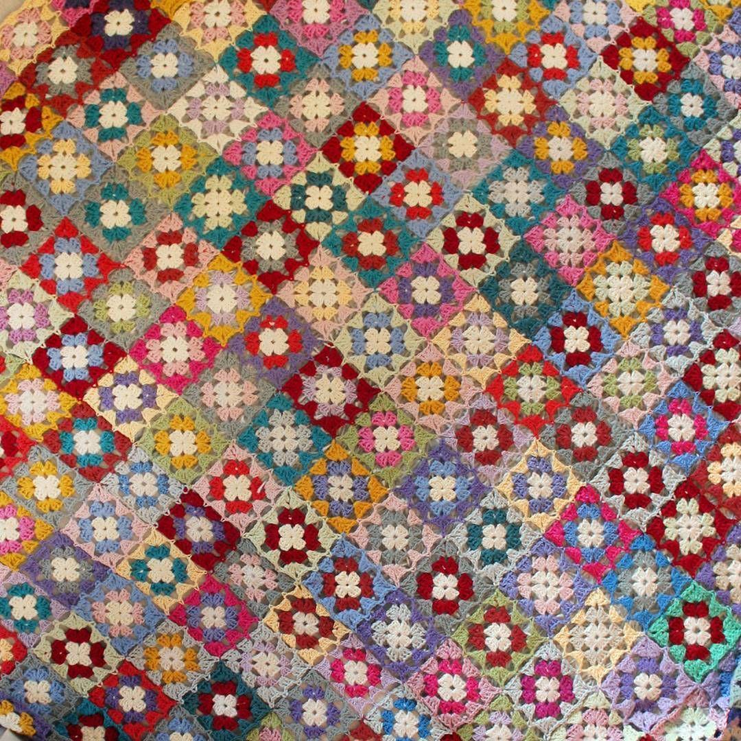 My granny square spread with over 30 colours 💟 . #crochet #instacrochet #craftastherapy #crocheteveryday #yarn #cotton #bedspread #creativelifehappylife #createmakeshare #abmcrafty #ILoveColor #colormehappy #virkkaus #käsityö #käsityöblogit #madebyme #multicolour #grannysquare #isoäidinneliö #päiväpeitto #sisustus #homedecor