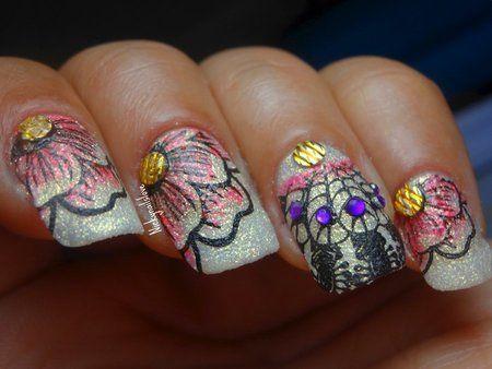 Textured Flowers - #texturedflowers #nails #nailart #sumernails #nickylovenail - Love beauty? Go to bellashoot.com for beauty inspiration!