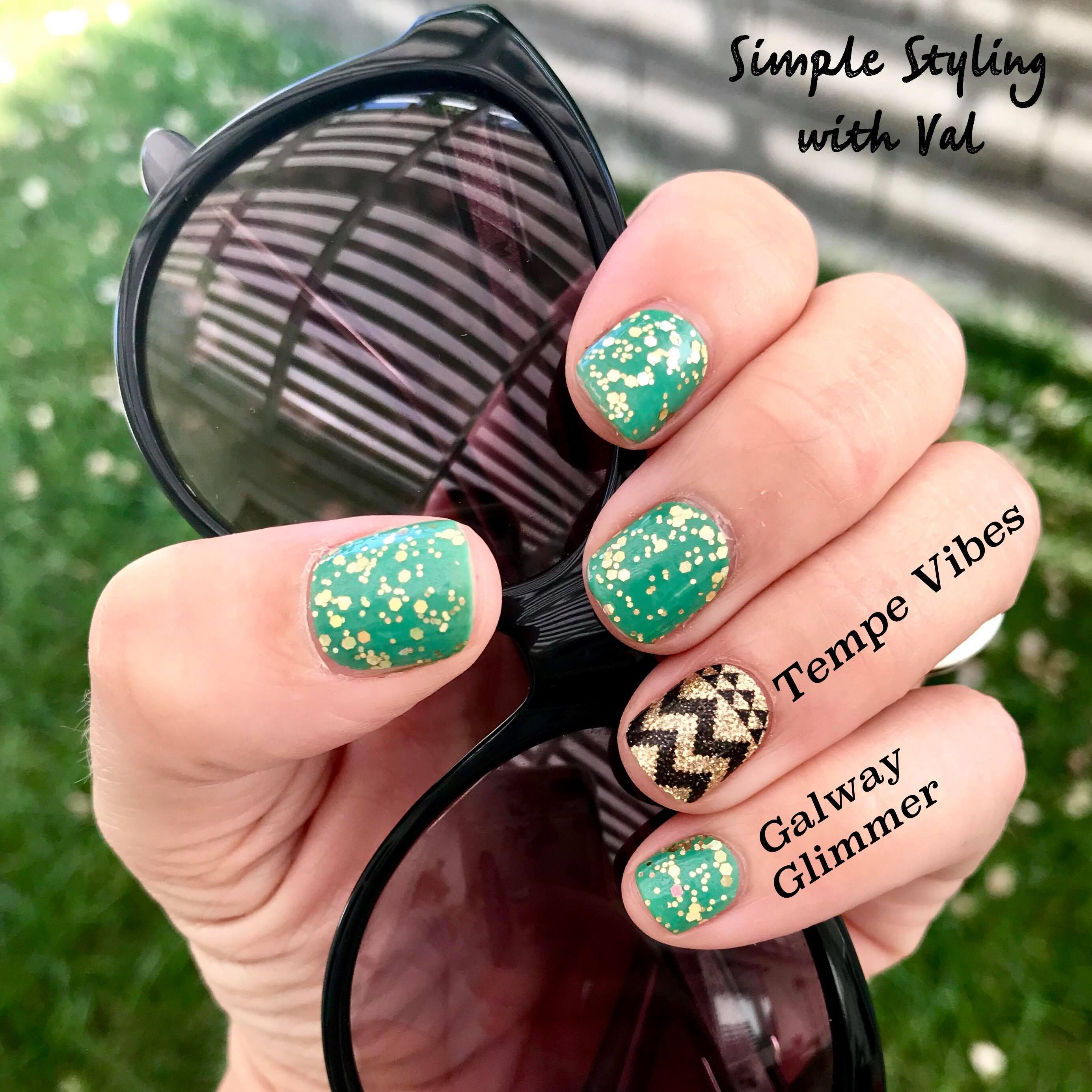 Mixed Mani w/ Accent Nail. Color Street Galway Glimmer is