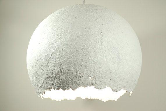 Weiß modern Papier Pappmache Lampe von RoughHandsTheHague auf Etsy ...