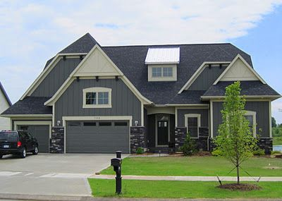 Slate Colors With Cream Trim And Blue Gray Toned Stone Probably One Of My Favorites As 5 13 14