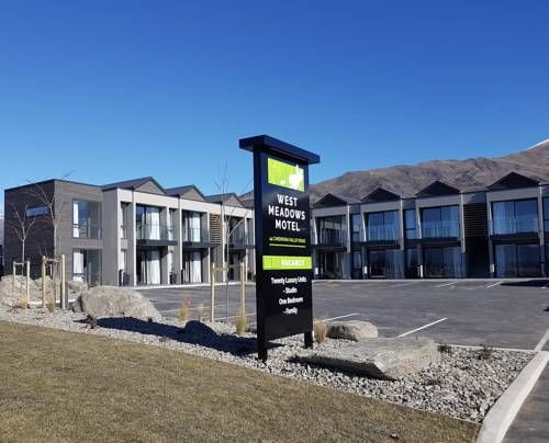 West Meadows of Wanaka Wanaka Situated in Wanaka, West Meadows of Wanaka features free WiFi access and free parking. Guests receive a free taxi return from the town centre. The office is open 24 hours a day.