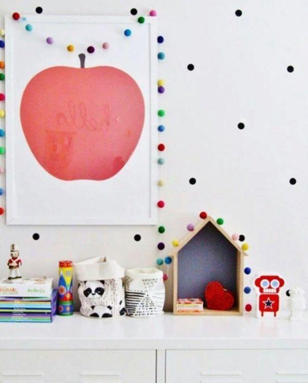 Ideas para decorar los cuartos infantiles con guirnaldas habitaciones de juegos decoraciones - Decorar habitacion infantil ...