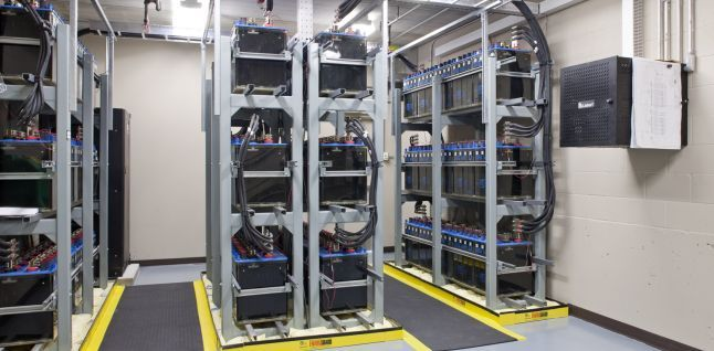 Cabelas Data Center Ups System Back Up Batteries Data Center Server Room Ups System