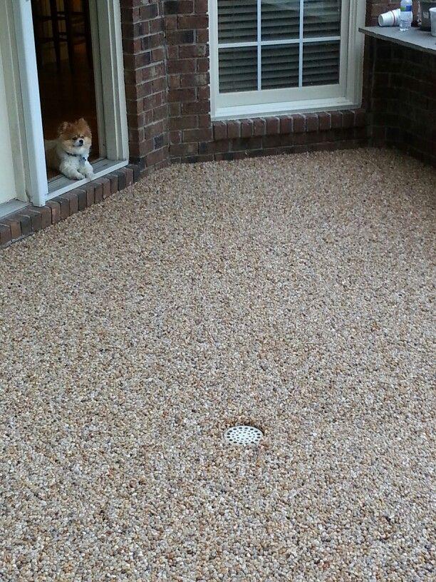 Epoxy pebble patio floor