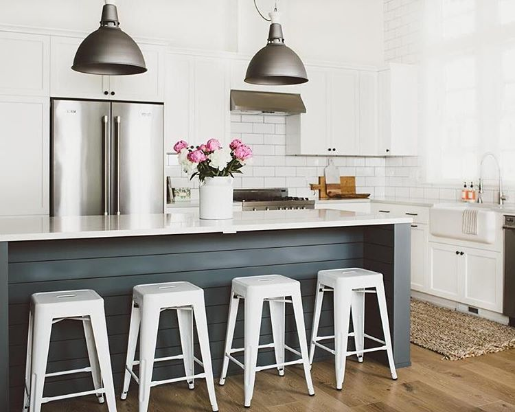 Industrial meets farmhouse kitchen #factory7pendant ... on stone kitchen, decorating with dark cabinets kitchen, fixer upper paint colors kitchen, paneling kitchen, square kitchen, seaside kitchen, board and batten kitchen, flooring kitchen, soffit kitchen, shabby chic kitchen, wood kitchen, farmhouse kitchen,