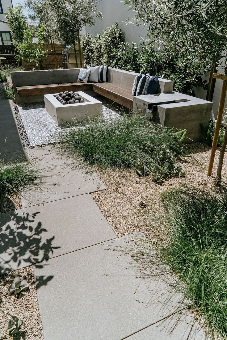 New Pics Landscape Ideas With Stone Suggestions There Are A Variety Of Fantastic Opportunitie In 2021 Backyard Garden Design Backyard Landscaping Designs Garden Design New house backyard design