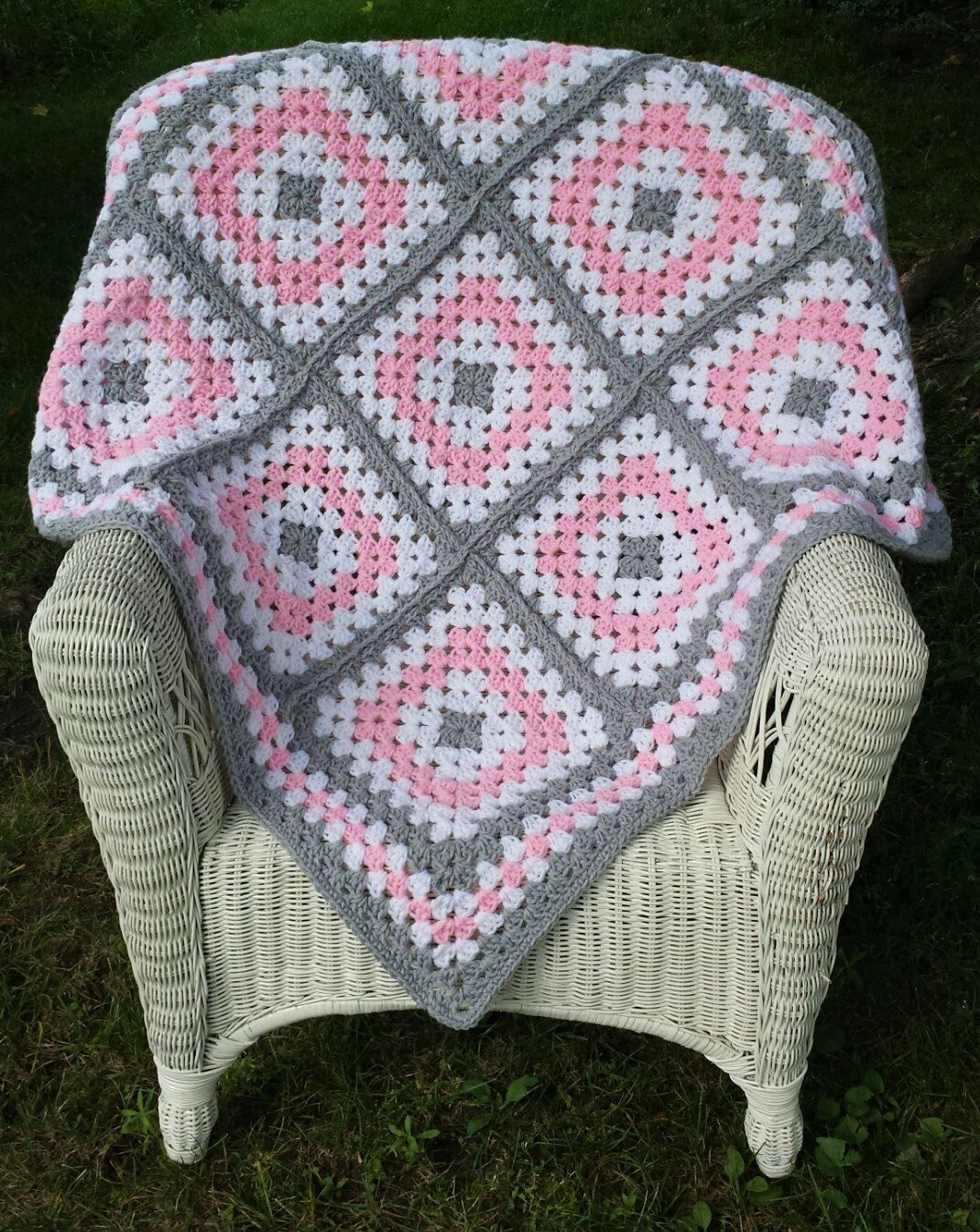 Pink and Grey Granny Square Baby Blanket by ThelmasGifts on Etsy ...
