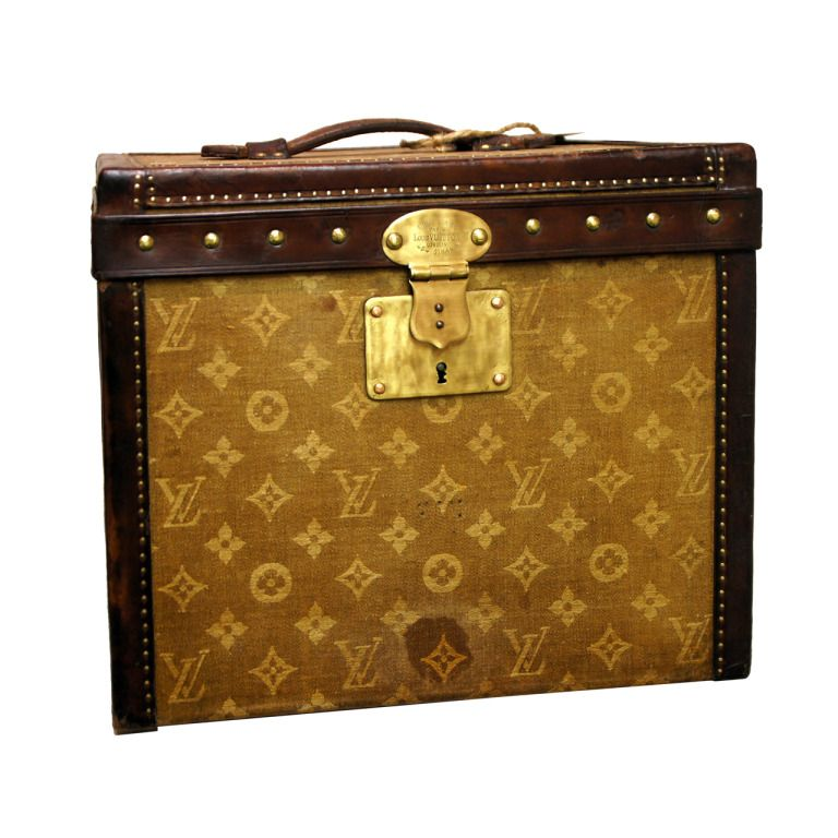 Incredibly rare Antique Louis Vuitton Top Hat Box Mini Cube Trunk Circa 1901 061480a259a
