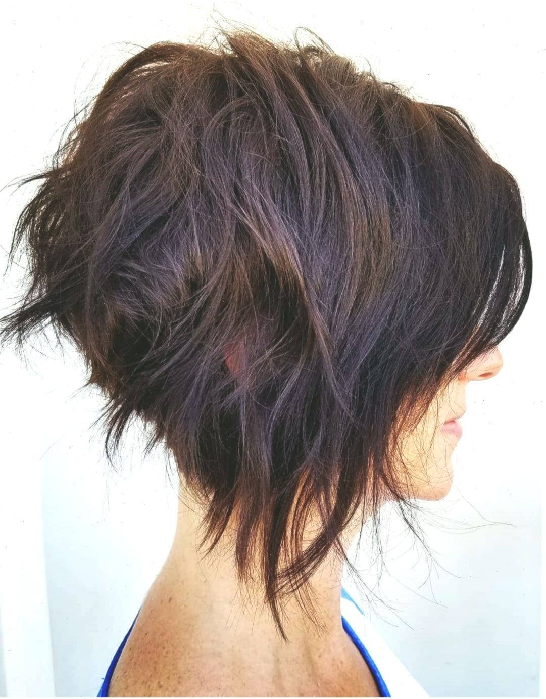8 Trendy Messy Bob Frisuren, weibliche Frisur für kurze Haare