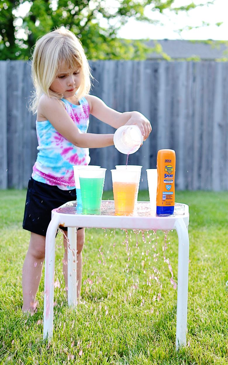 Preschool Water Color Mixing Experiment