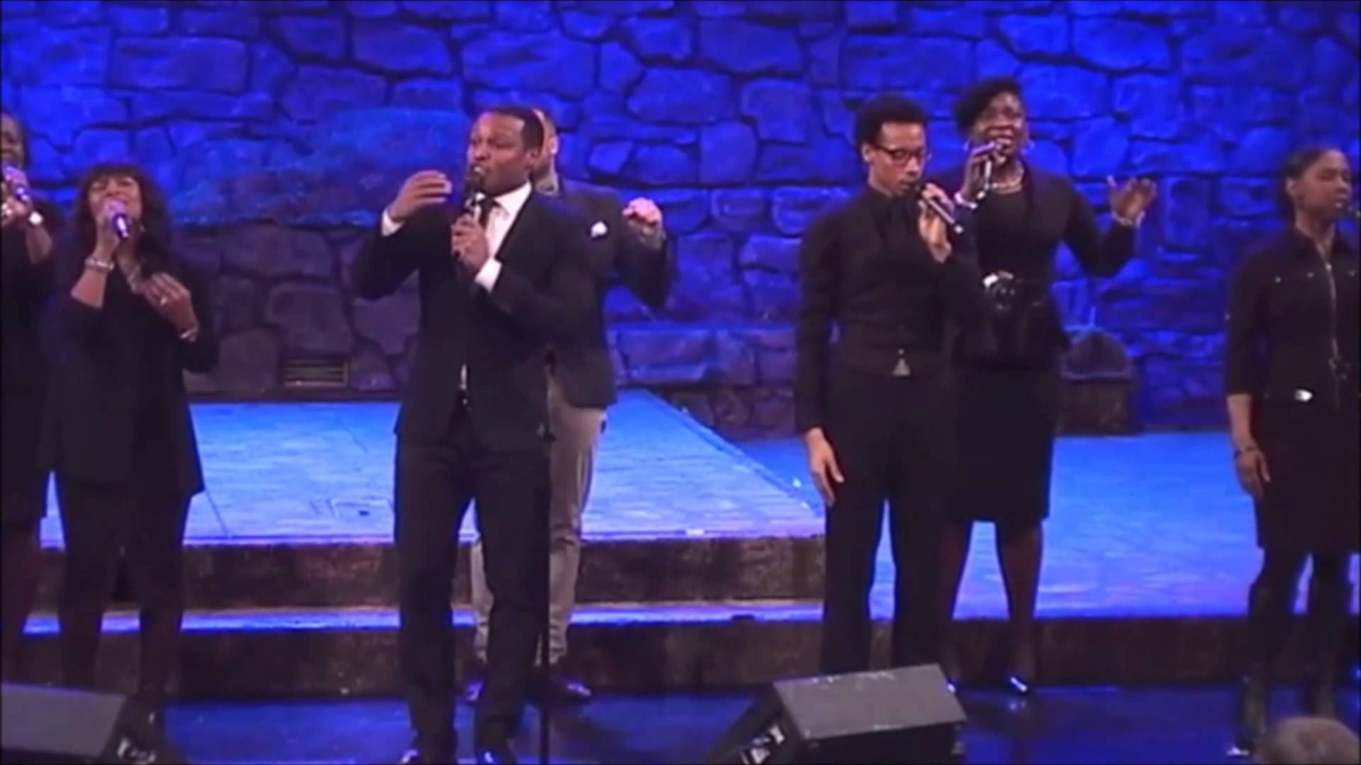 """""""In Your Presence, O God"""" sang by the Brooklyn Tabernacle Choir"""