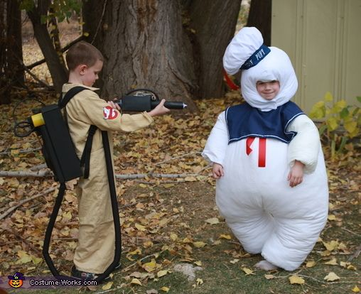 Ghostbusters! - Halloween Costume Contest via @costumeworks
