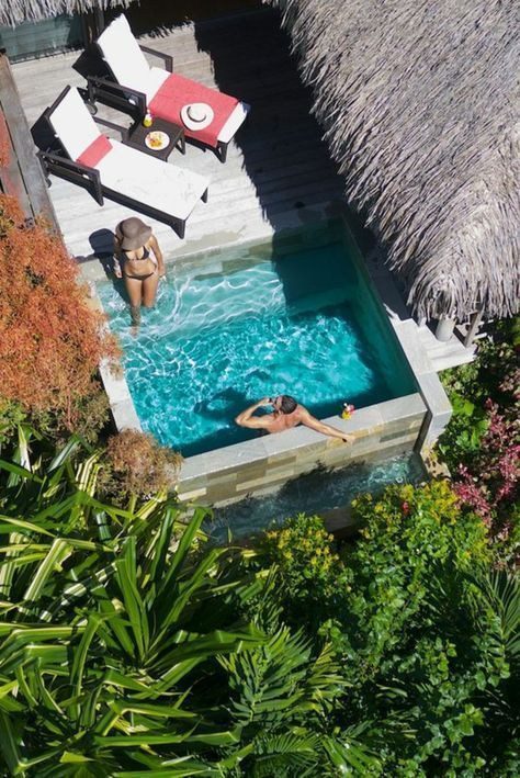 60 Ideas For Summer Freshness At The Small Garden Pool Garden Landscaping Ideas In 2020 Pools For Small Yards Small Backyard Pools Small Pools