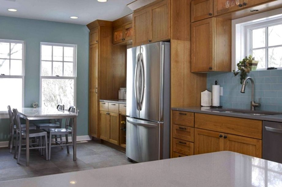 kitchen paint colors with maple cabinets | Kitchen wall ...
