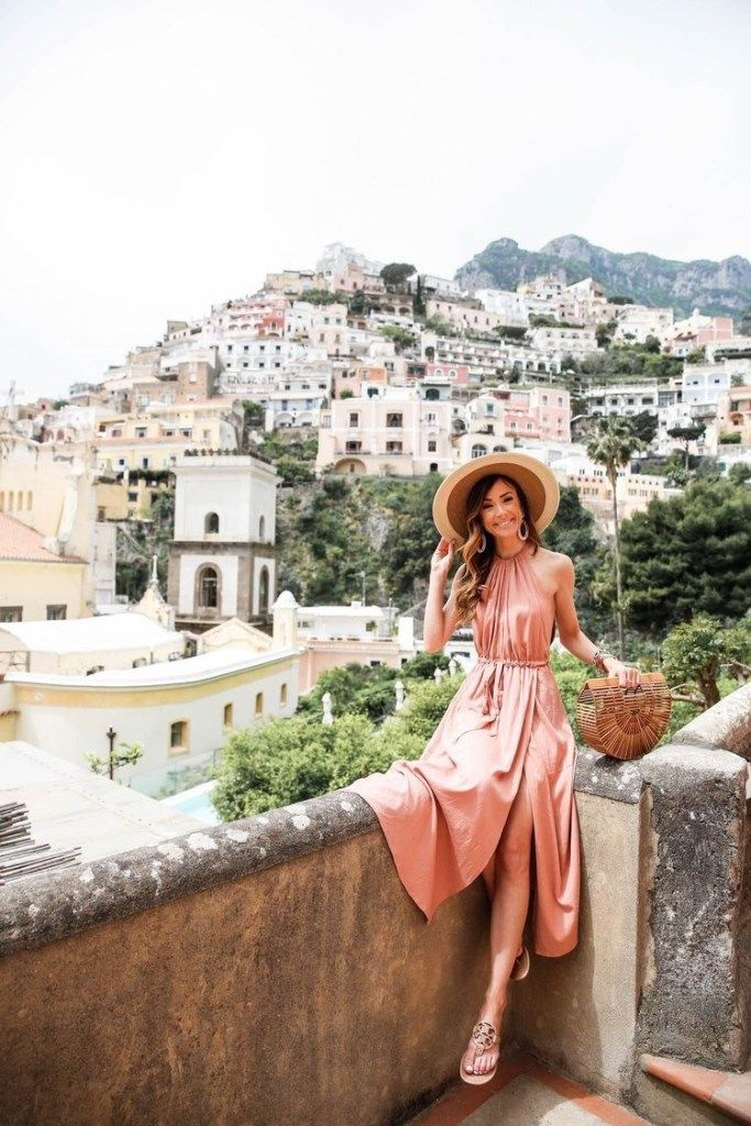 16 Best Vacation Outfit Ideas To Try This Summer #vacationoutfits