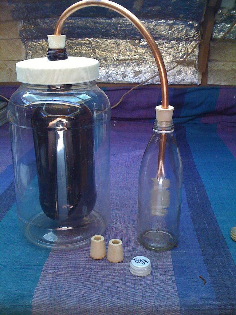 Build A Simple Solar Still Solar Still Solar Cooker Essential Oil Distiller