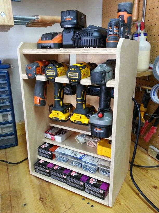 Drill rack woodworking pinterest rangement de garage for Rack rangement garage
