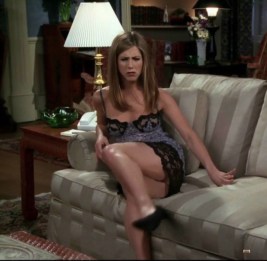 jennifer aniston friends sofa scene celebs pantyhose