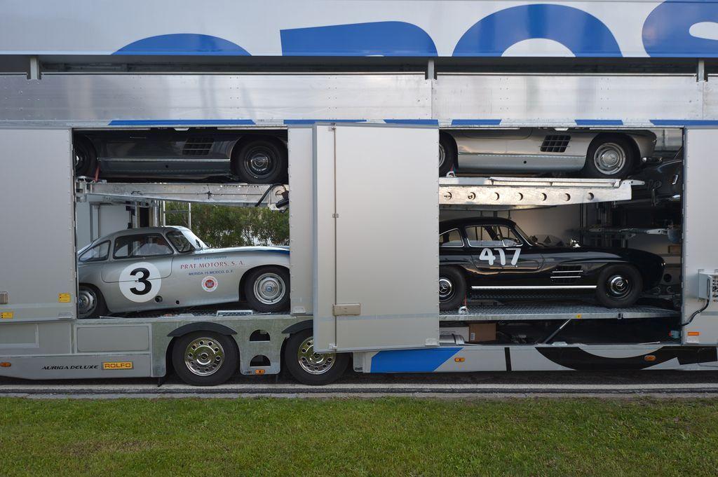 Alle Teilnehmer des Mille Miglia-Teams von Mercedes-Benz Classic sind am Mittwoch gut in Brescia angekommen. Die Mercedes-Benz Fahrzeuge sind bestens vorbereitet und überstanden die technische Abnahme der FIVA auf der Messe in Brescia ohne Probleme. Die Startnummern sind aufgebracht und der große Tag des Starts kann kommen.