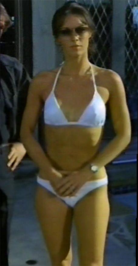 Cameron bikini Joanna