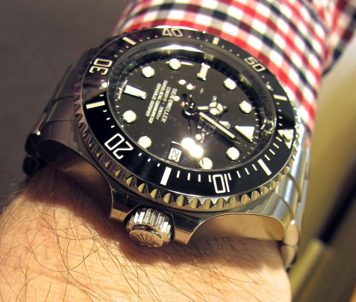 Sportswatchblogger.blogspot.de - Der Sportuhren Blog : Rolex Oyster Perpetual Deepsea Referenz 116660 - Die richtige Uhr für das Sommerloch - mit der Rolex Deepsea darf es sogar 3900m tief sein