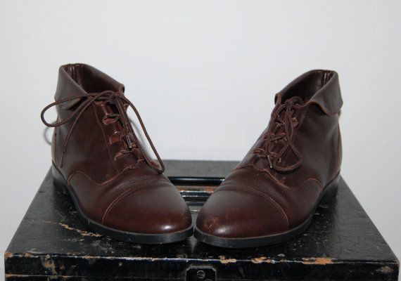 Vintage 1980s Dark Brown Leather Lace Up Granny Ankle High Roper Boots $32.00
