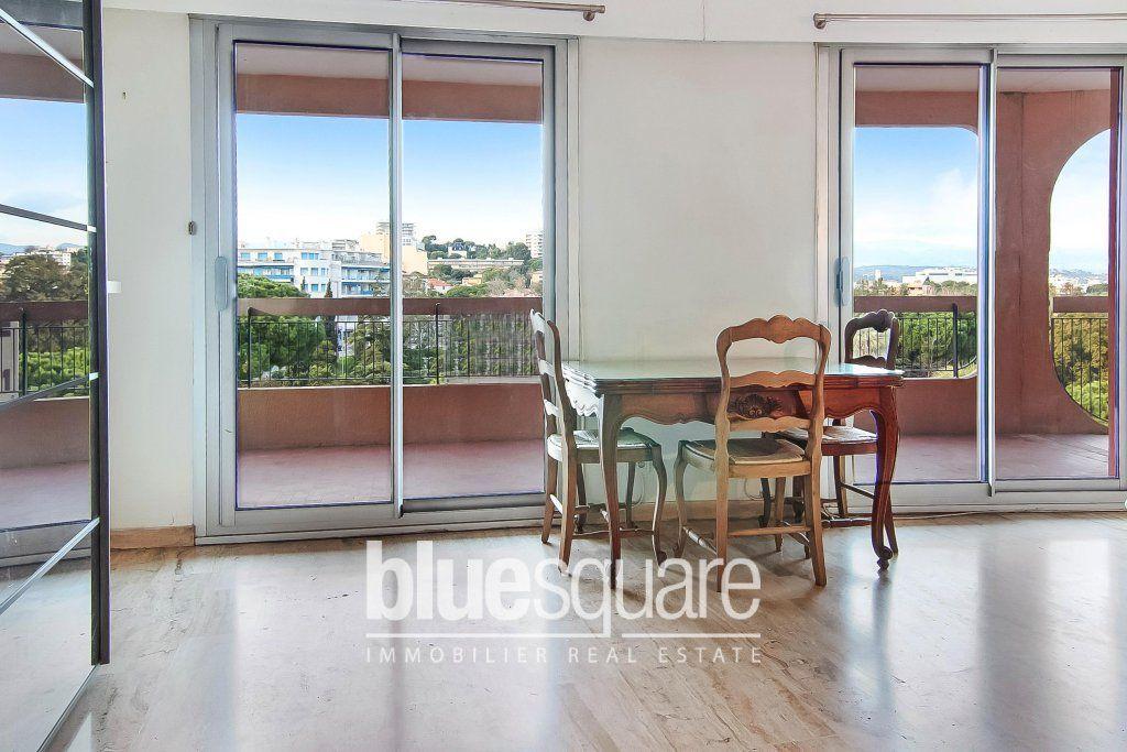 Vente appartement t2 45 m2 terrasse bord de mer antibes (06600