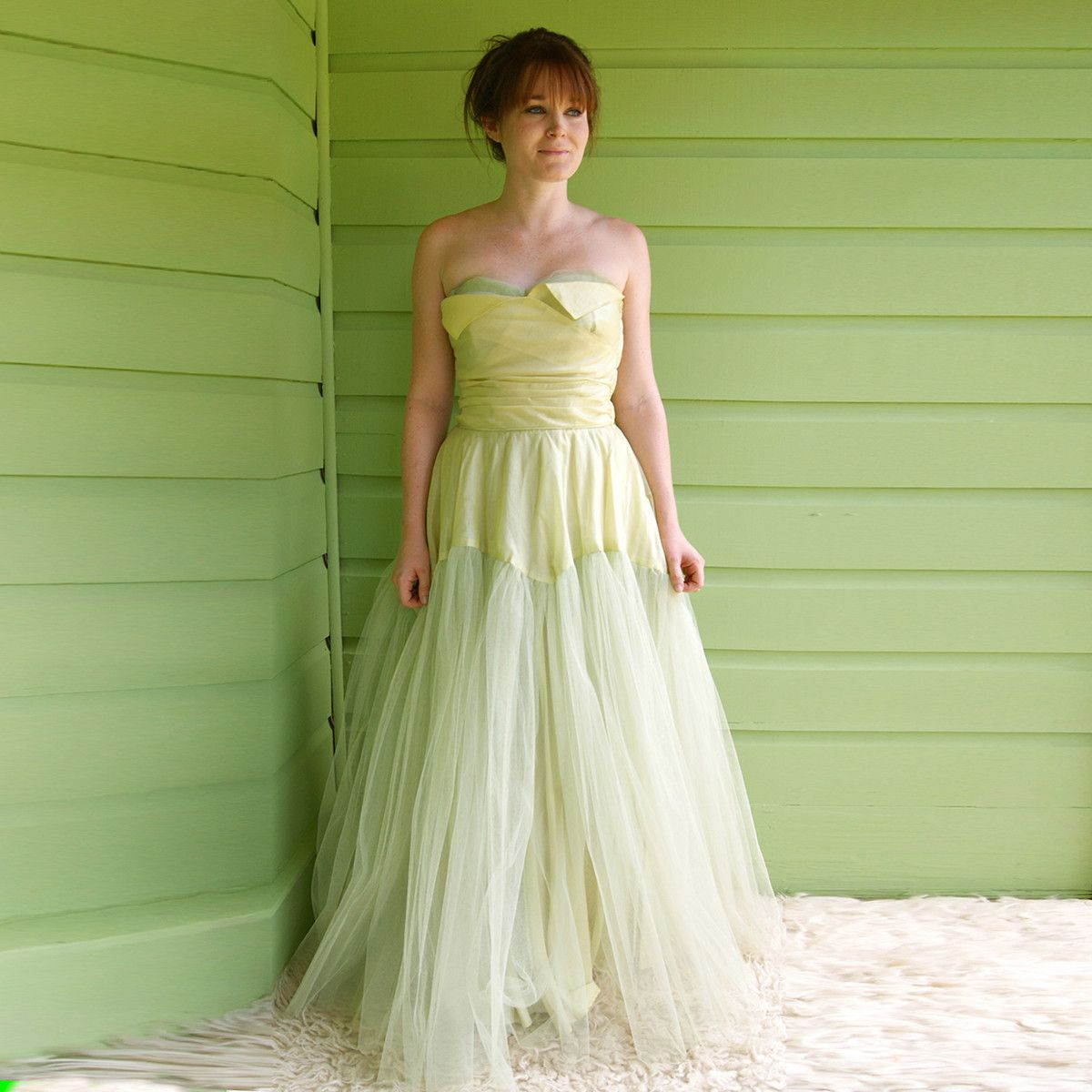 Reminds me of cinderella   1950s prom dress, Strapless ...